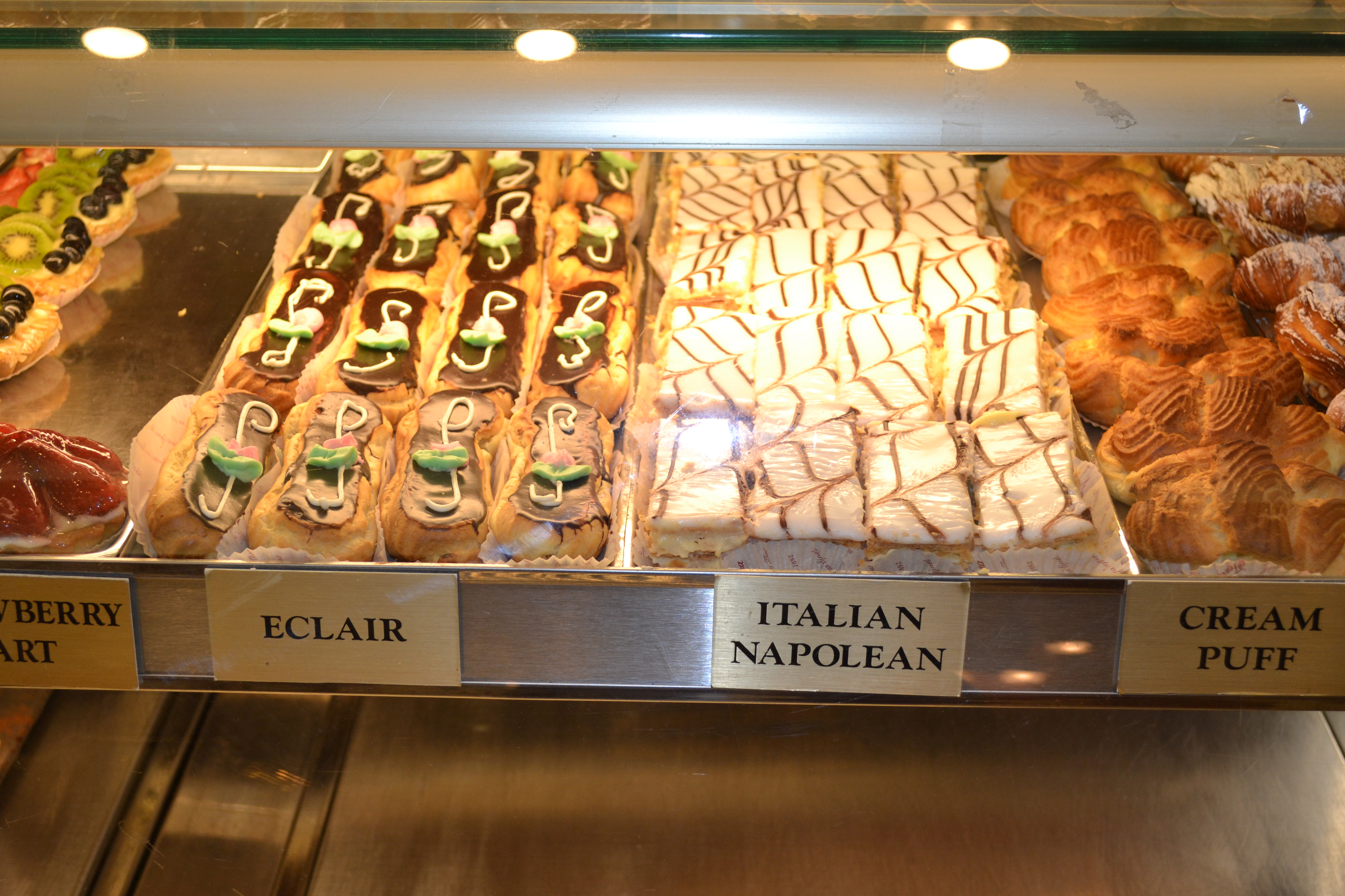 mentana vs ferrara bakery - photo#46